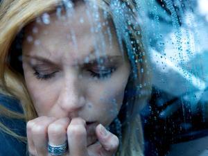 К аффективным расстройствам относится шизофрения