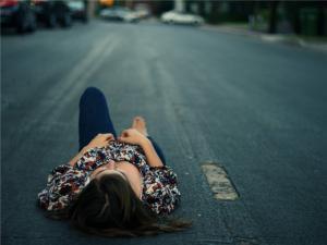 Депрессия в период предменструального синдрома. Депрессия и ПМС.